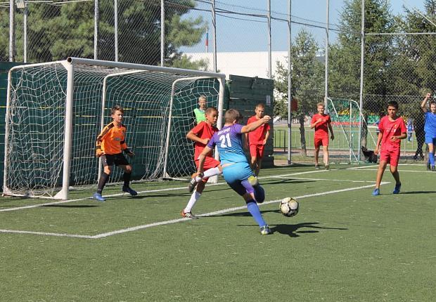Дворовые команды Усть-Лабинского района определили участников зонального этапа Кубка губернатора Кубани по футболу